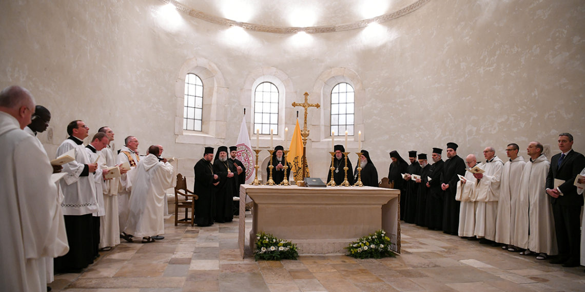 Ecumenical Patriarch visited Notre-Dame de Saint-Rémy Abbey in Rochefort