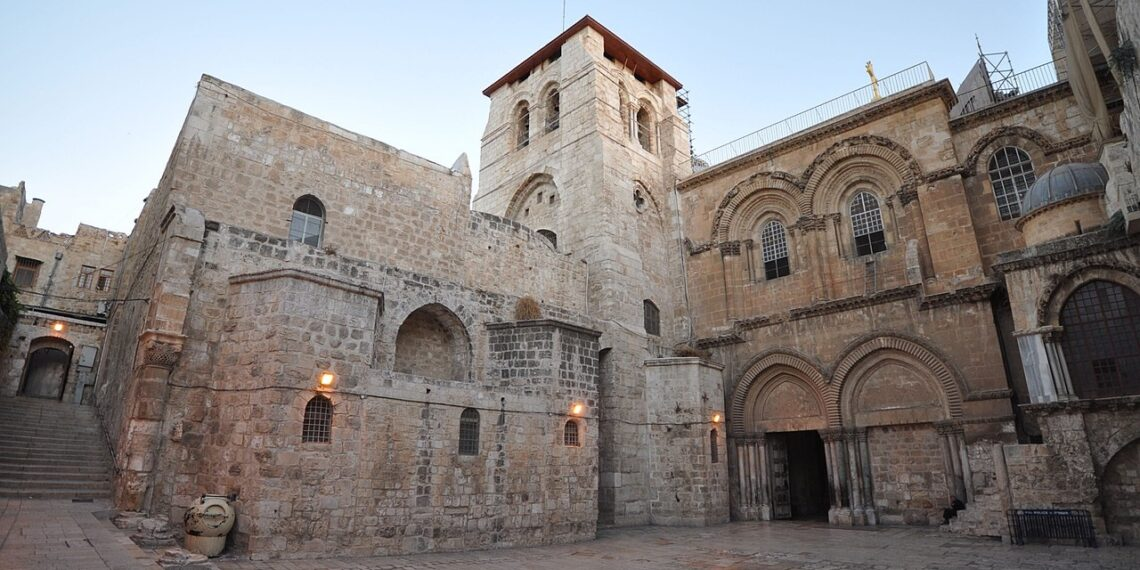 Church of the Holy Sepulchre was closed for a week