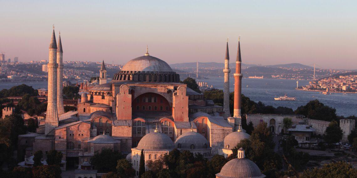 Erdogan wants to pray in Hagia Sophia on July 15