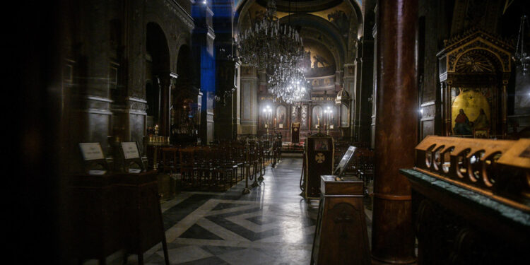 Extension to closed churches in Greece until December 14